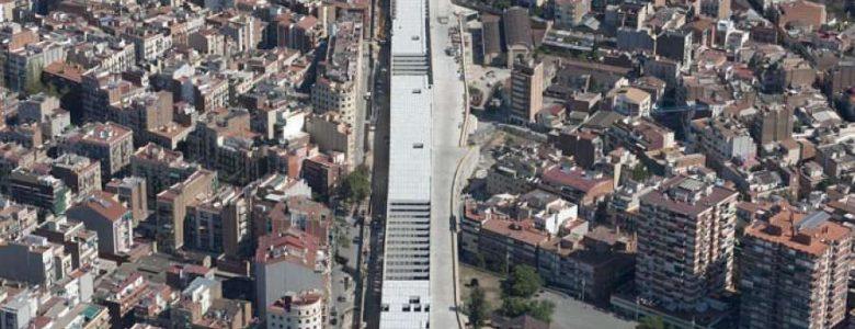Barcelona Regional - Accessos Ferroviaris a Sants pel TAV. Ordenació de la Plataforma de Vies. Cobertura i Urbanització de Sants.